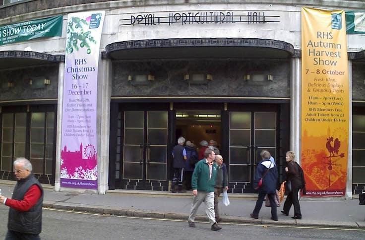 banner_printing_london_hanging 2
